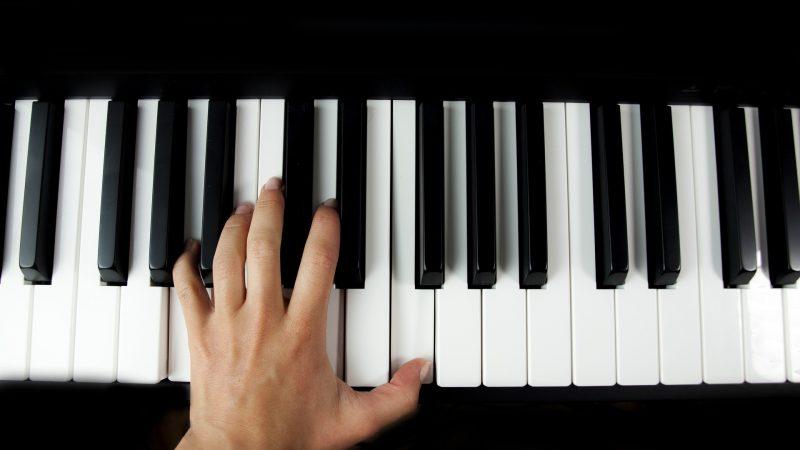 De ce sa alegi cursurile de pian pentru copilul tau?