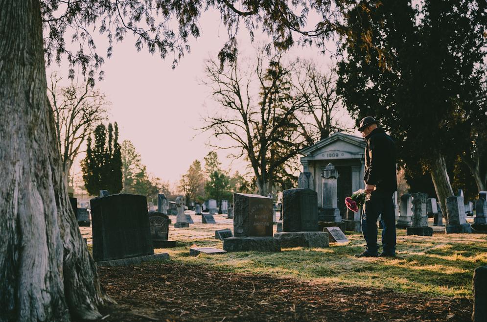 Întrebările rudelor defuncţilor şi răspunsurile reprezentanţilor companiilor de servicii funerare legate de procedeul de repatriere