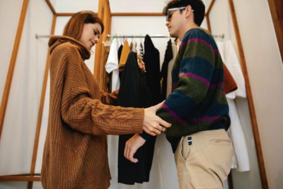 10 articole vestimentare care nu trebuie să lipsească din dulapul niciunui bărbat